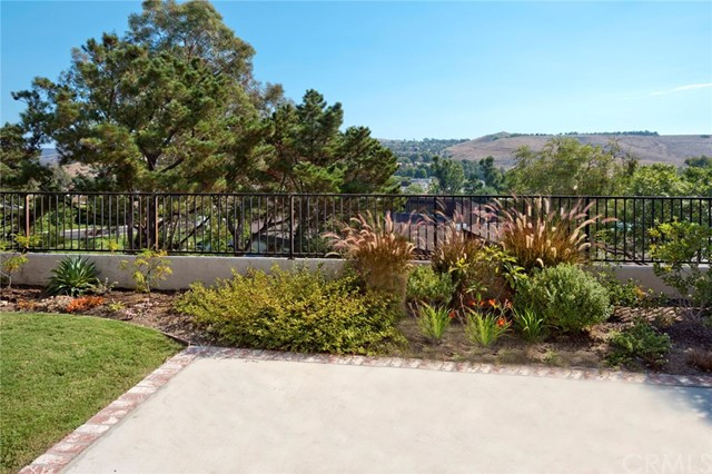 5 Clear Spring Irvine, CA 92603 - MLS #: OC17204864