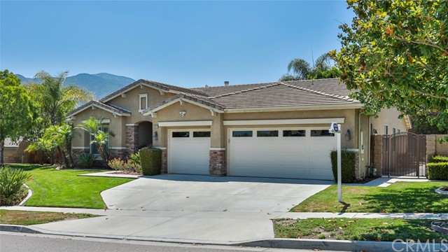 3842 Morales Way, Corona, California