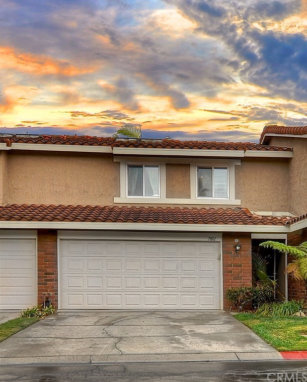 Detail Gallery Image 1 of 52 For 7801 Seabreeze Dr, Huntington Beach, CA 92648 - 3 Beds | 1/1 Baths