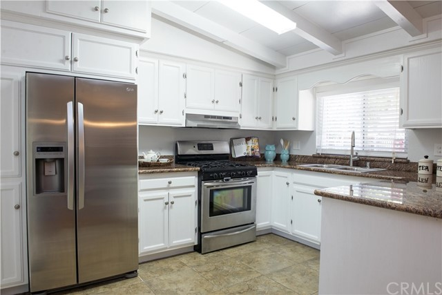 Additional photo for property listing at 3215 Pine Street  Martinez, California 94553 United States