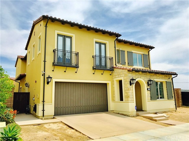 Single Family Home for Sale at 3 Shadybend Irvine, California 92602 United States