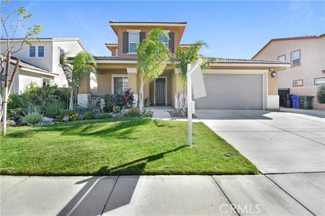18239 Lapis Lane, San Bernardino CA: http://media.crmls.org/medias/ebf80155-4f45-4fc0-a6b8-8c675a7a2f83.jpg