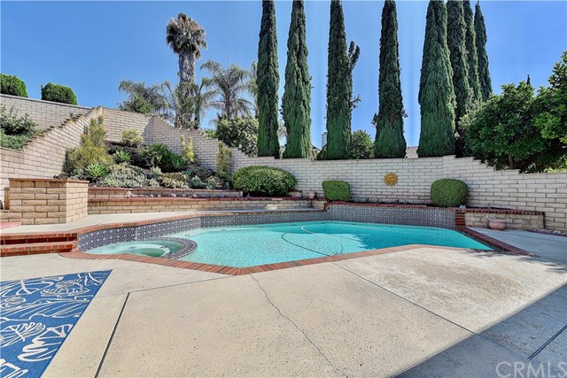 24961 Hon Avenue, Laguna Hills CA: http://media.crmls.org/medias/ec0bb401-bd01-4bde-ae06-f4fb5321231e.jpg