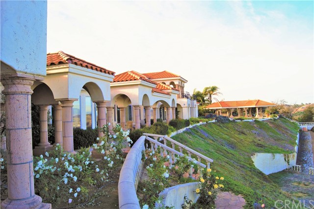 Murrieta                                                                      , CA - $3,900,000
