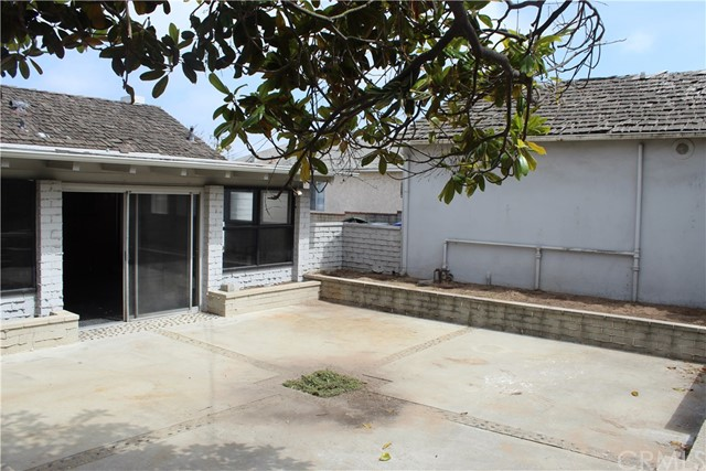 825 Center St, El Segundo, CA 90245 photo 2