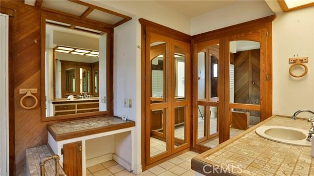 823 Glendenning Way, San Bernardino CA: http://media.crmls.org/medias/ec1b0fab-60d7-467e-9749-e511d6b59ee7.jpg