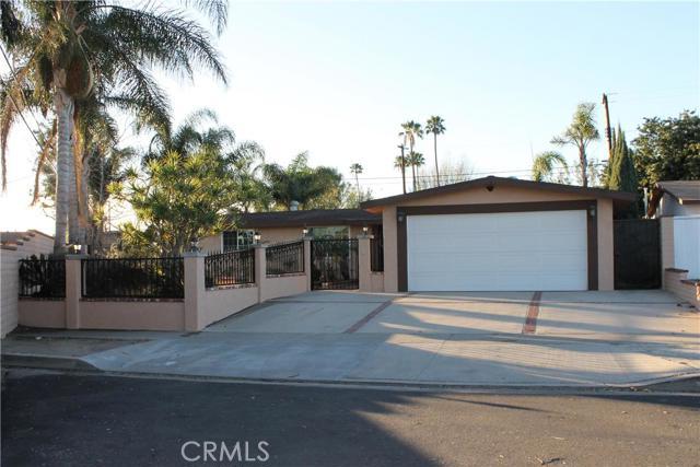 Single Family Home for Sale at 12355 Anzio St Garden Grove, California 92840 United States