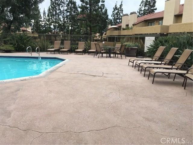 10151 Arrow, Rancho Cucamonga CA: http://media.crmls.org/medias/ec51c8e4-aa59-4797-a7f4-331341e49c3f.jpg