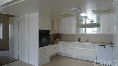 1562 Merion Way M2, Seal Beach CA: http://media.crmls.org/medias/ec6488c7-c2d4-4ca6-a7be-23f5441cc435.jpg