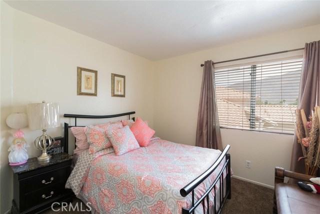 1400 Chase Street, San Jacinto CA: http://media.crmls.org/medias/ec6bad2b-229d-4fa0-afb8-31fb4a99fedb.jpg