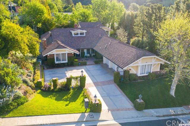9847 Whitwell Drive  Beverly Hills CA 90210