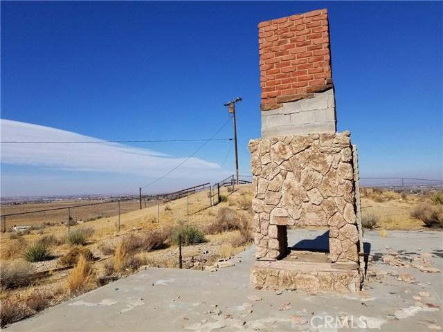 9576 Mesa Vista Street, Apple Valley CA: http://media.crmls.org/medias/ec863c4f-46ea-48ea-bcb9-15540b9f3aec.jpg