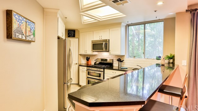 1351 N Curson Avenue Unit 206 West Hollywood, CA 90046 - MLS #: BB18138639