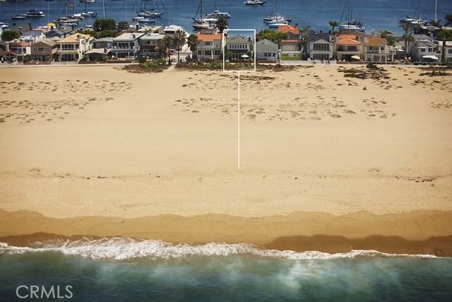1105 E Balboa Boulevard, Newport Beach CA: http://media.crmls.org/medias/ec97f4af-1be5-4bda-891f-dcd7ca6b0c39.jpg
