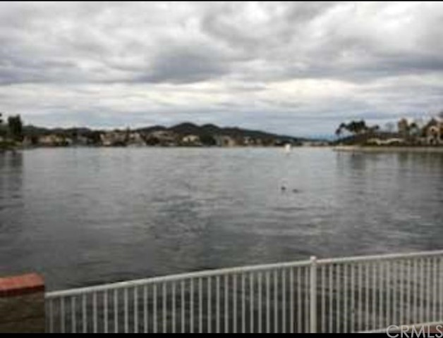 30150 YELLOW FEATHER DR, CANYON LAKE, CA 92587  Photo 14