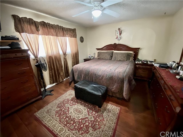 2655 W Sereno Place, Anaheim CA: http://media.crmls.org/medias/eca304d1-e0cd-4960-a4d6-9337282c49c3.jpg
