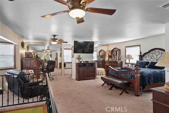 3716 Allred Street, Lakewood CA: http://media.crmls.org/medias/eca638d7-84d4-4995-8d37-3a967f228454.jpg
