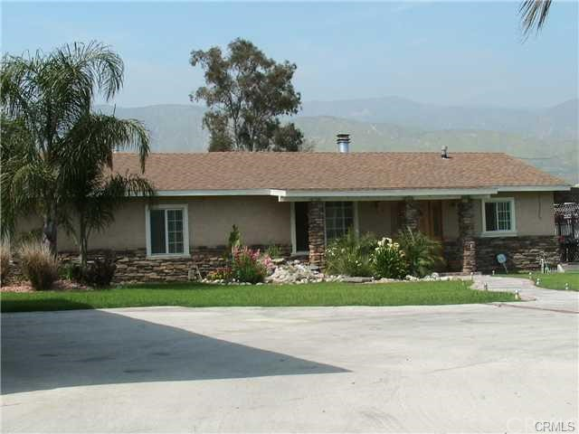 Single Family Home for Sale at 986 40th Street W San Bernardino, California 92407 United States