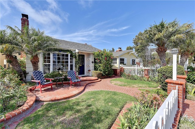 611 Poinsettia Avenue Corona del Mar, CA 92625
