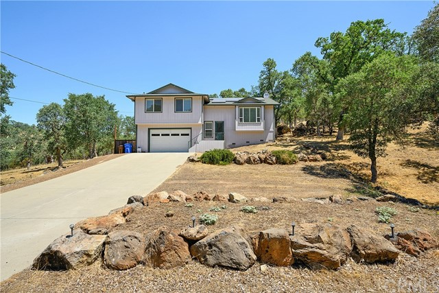 19558 Donkey Hill Rd, Hidden Valley Lake, CA 95467 Photo
