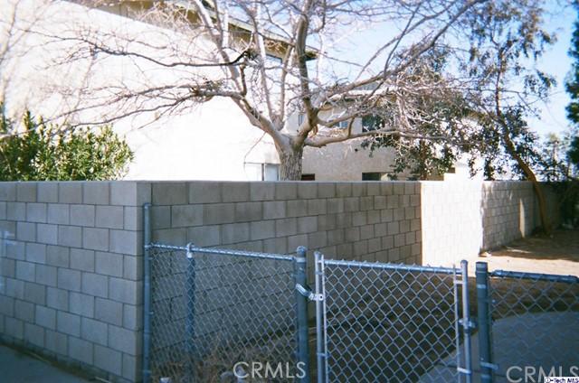 20961 83rd Street, California City CA: http://media.crmls.org/medias/ecc3ae8d-9eec-4d2d-9b8e-6a16b2a47a68.jpg