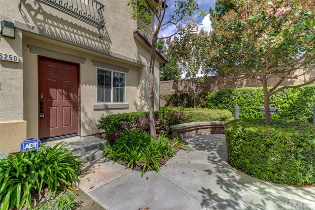 6250 Isidora Lane, Eastvale CA: http://media.crmls.org/medias/ecc5da24-a954-49e6-a74c-50fb604d1d04.jpg