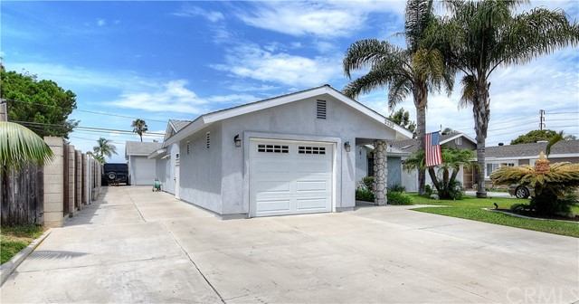 2235 Meyer Place  Costa Mesa CA 92627