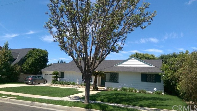 Single Family Home for Rent at 2106 Louise St Santa Ana, California 92706 United States
