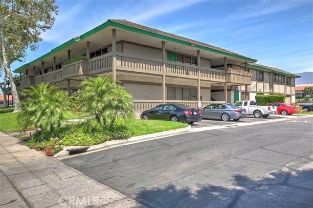 222 N Mountain Avenue, Upland CA: http://media.crmls.org/medias/eceb9cb7-36f1-4648-a799-577af9ff1f4f.jpg