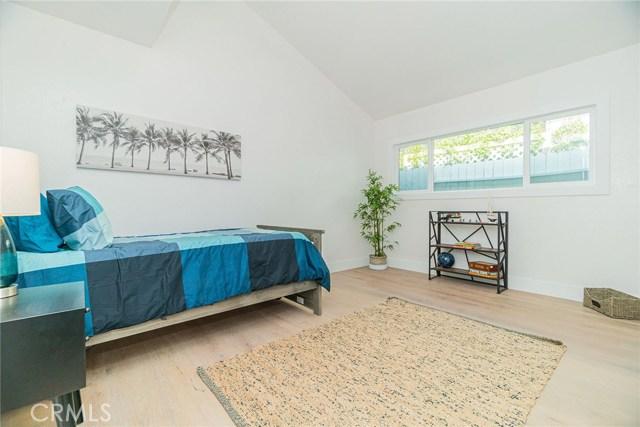 1148 N Poinsettia Ave, Manhattan Beach, CA 90266 photo 25