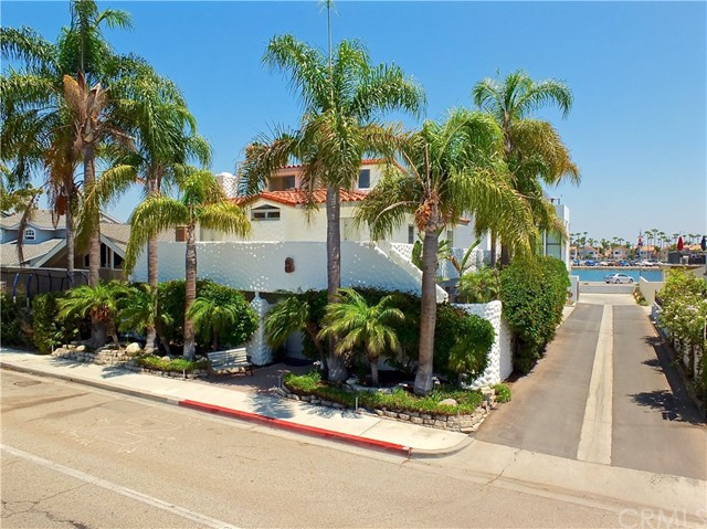 5297 Appian Way, Long Beach CA: http://media.crmls.org/medias/ecf1bb90-af6f-46cf-9a5d-5247bcf456d1.jpg