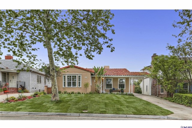 1621 Country Club Drive, Glendale, CA 91208