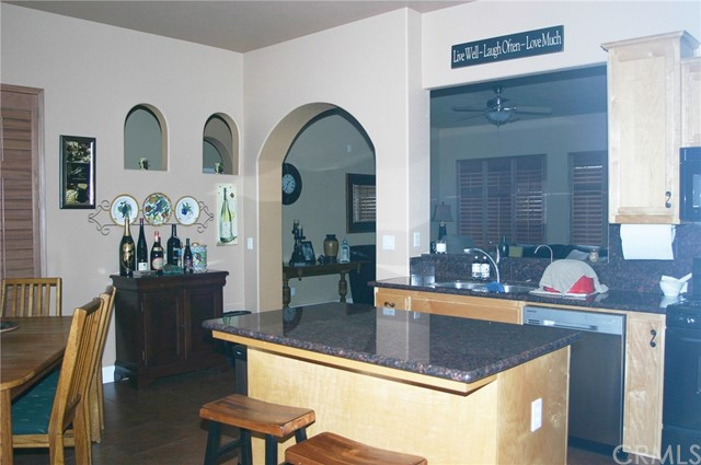2156 Naples Court, Los Banos CA: http://media.crmls.org/medias/ecfc3e8e-0218-4b76-87ec-b723501f1a42.jpg