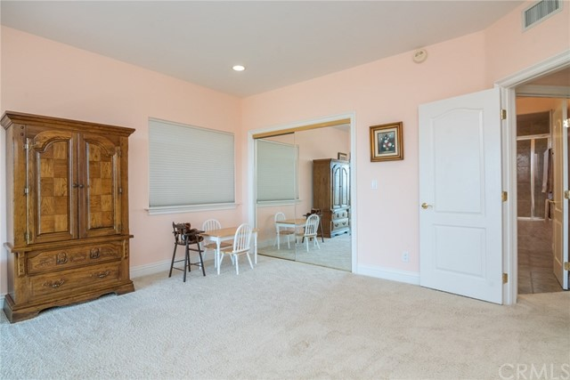 3335 Red Mountain Heights Drive, Fallbrook CA: http://media.crmls.org/medias/ed00eedc-ca9d-47cd-9b7e-c60c69825f41.jpg