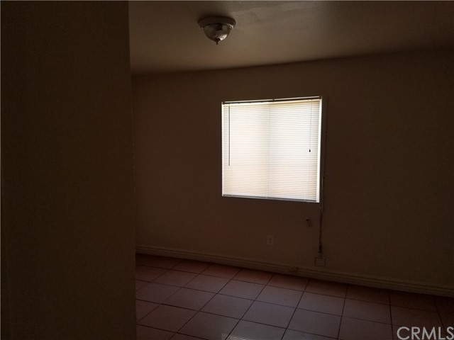 716 E 82nd Street Los Angeles, CA 90001 - MLS #: RS17193826