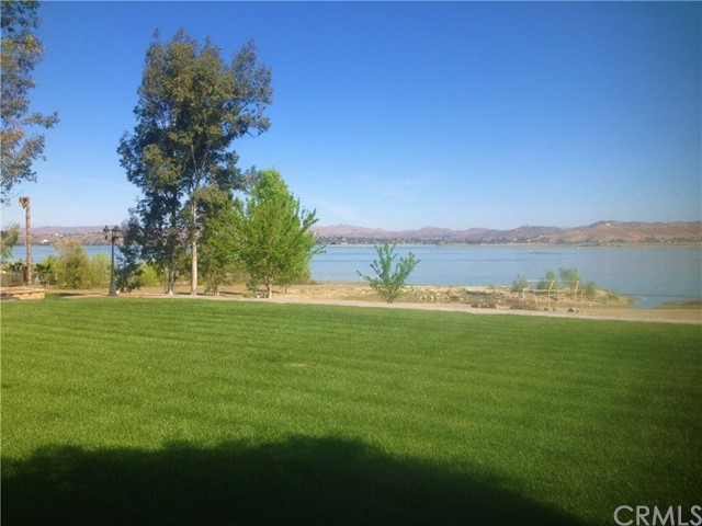 17748 Grand Avenue, Lake Elsinore CA: http://media.crmls.org/medias/ed17f383-26a0-4856-a3bd-b301009b83be.jpg