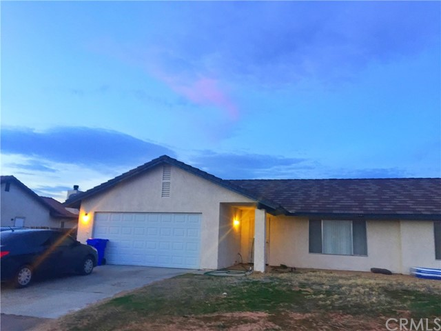 22440 Cholena Road, Apple Valley, CA, 92307