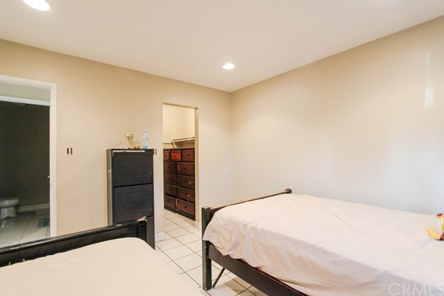 9166 Cerritos Av, Anaheim, CA 92804 Photo 22