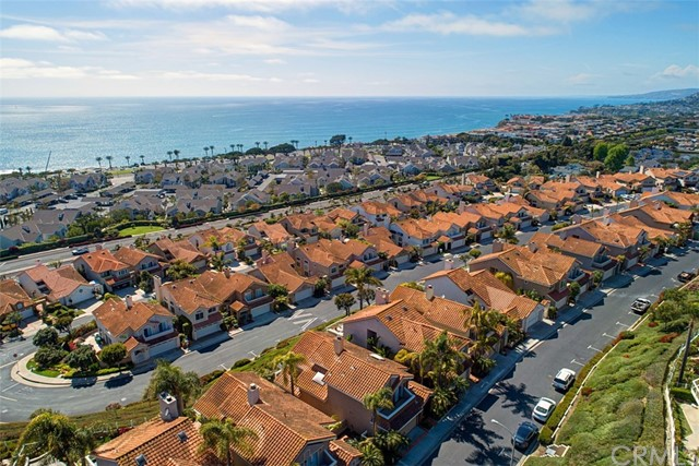ed4e5894-6b9b-4ed8-9a66-5d4baadeb7b1 31 New York Court, Dana Point, CA 92629 <span style='background-color:transparent;padding:0px;'><small><i> </i></small></span>