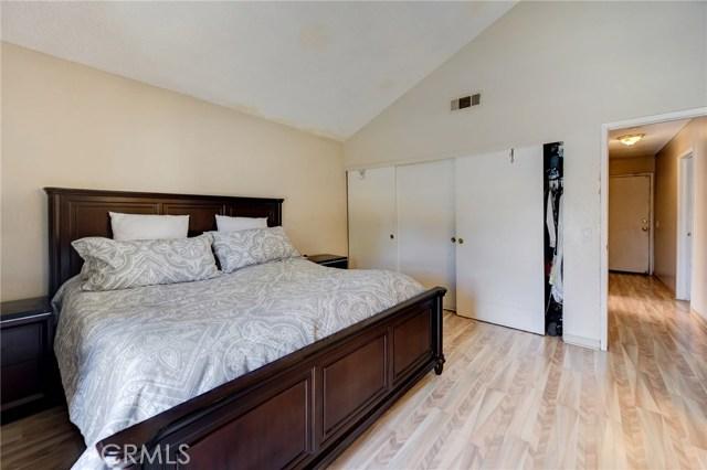 8373 9th Street, Rancho Cucamonga CA: http://media.crmls.org/medias/ed562f40-4a70-4bdf-8d5b-10e8c63a937e.jpg