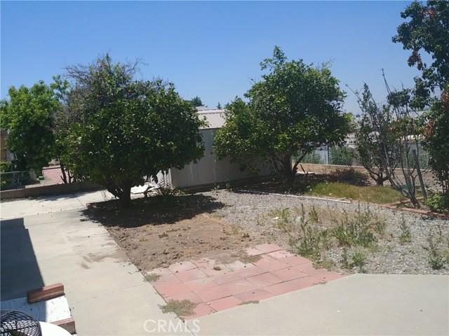 25350 W Posey Drive, Hemet CA: http://media.crmls.org/medias/ed5a5f9b-efac-4ae9-83ff-0cedaad162de.jpg