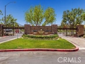11528 Springwood, Riverside CA: http://media.crmls.org/medias/ed5b9474-e00a-49a7-9afd-3d6cb413194d.jpg