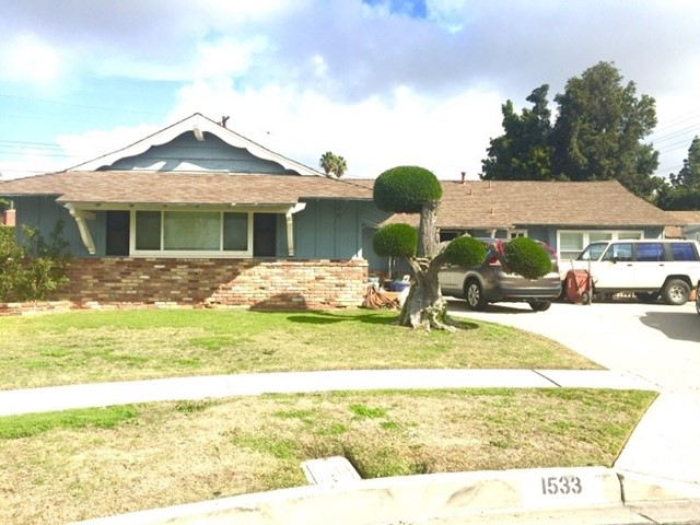 Single Family Home for Sale at 1533 Pacific Court W Anaheim, California 92802 United States