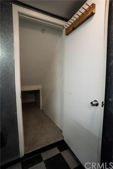 327 W Summerfield Cr, Anaheim, CA 92802 Photo 47