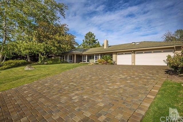 Single Family Home for Sale at 722 Valley Vista St Camarillo, California 93010 United States