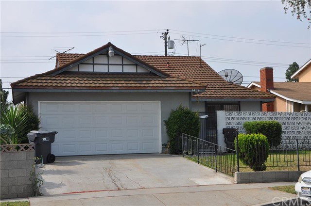 1406  East Elsmere Drive   , CA 90746 is listed for sale as MLS Listing SB15183485