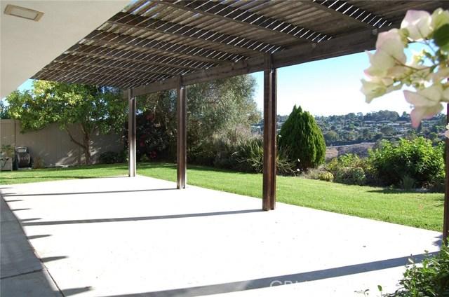 27721 Longhill Drive, Rancho Palos Verdes CA: http://media.crmls.org/medias/ed7a6ec4-7816-4519-afa1-e29bc973d598.jpg