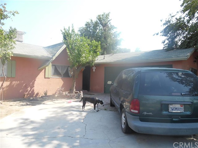 Single Family Home for Sale at 218 Burchfield Avenue Bakersfield, California 93307 United States