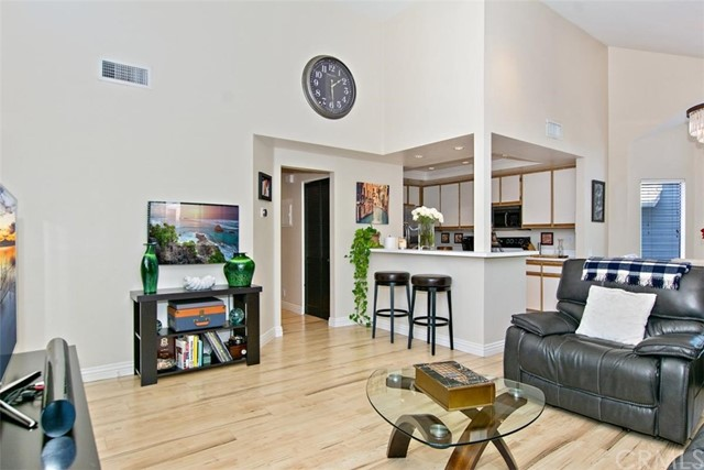 87 Huntington Unit 276 Irvine, CA 92620 - MLS #: PW18129444