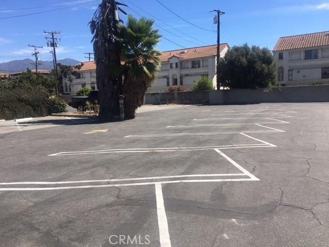 912 S Baldwin Avenue, Arcadia CA: http://media.crmls.org/medias/edb5c604-6c96-4a9f-89ce-34b17847b3db.jpg